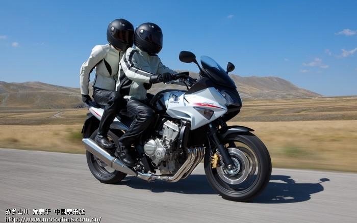 2010款本田中量级旅行车——cbf600-新大洲本田-摩托