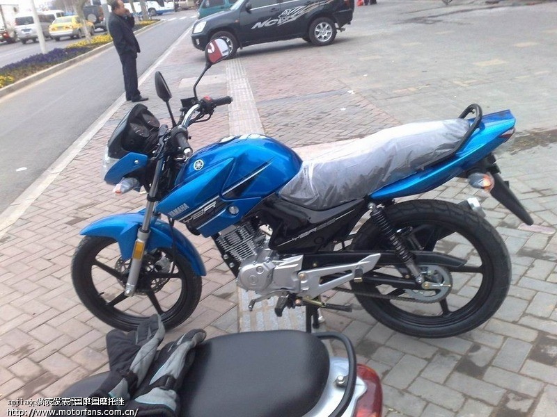 目前国内最便宜的四缸摩托车,百公里油