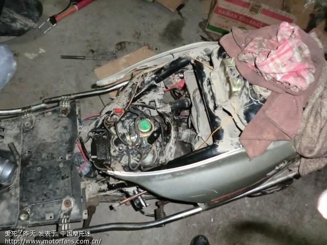 踏板车发动机拆了,又装