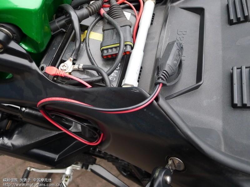 03ctek 摩托车蓄电池 电量显示器——实时监测电瓶电量情况