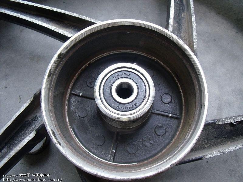 弯梁换后轮轴承啦,渐渐锻炼成修车匠了