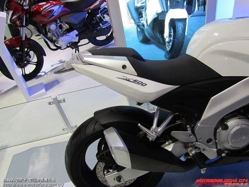 国产大排摩托cf650 lx650 zs650 jh600 高清图片