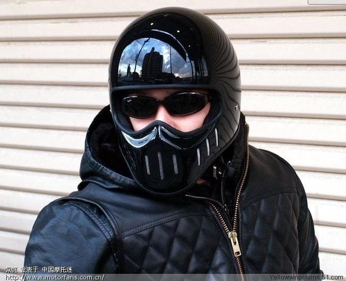 有人用汤普森头盔吗