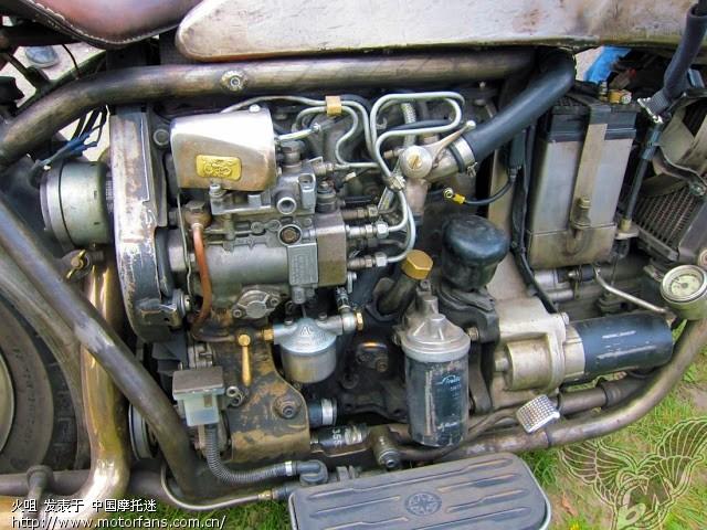 使用大众4缸 柴油机 的 自制 大排量摩托车 维修高清图片