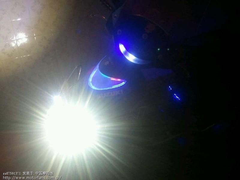 摩托车日行灯 排气管 abs刹车系统,防摔杯  发光指针仪表.