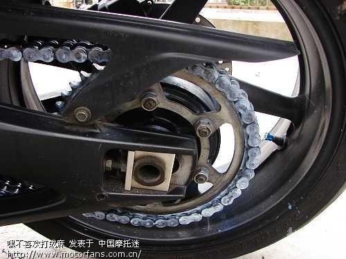 摩托车驱动链条的检查,调整和润滑