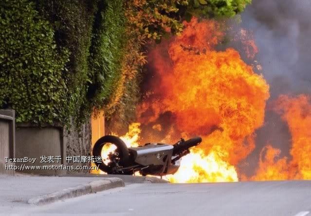 """摩闻- 2014年""""曼岛tt摩托车大赛""""一位车手过世"""