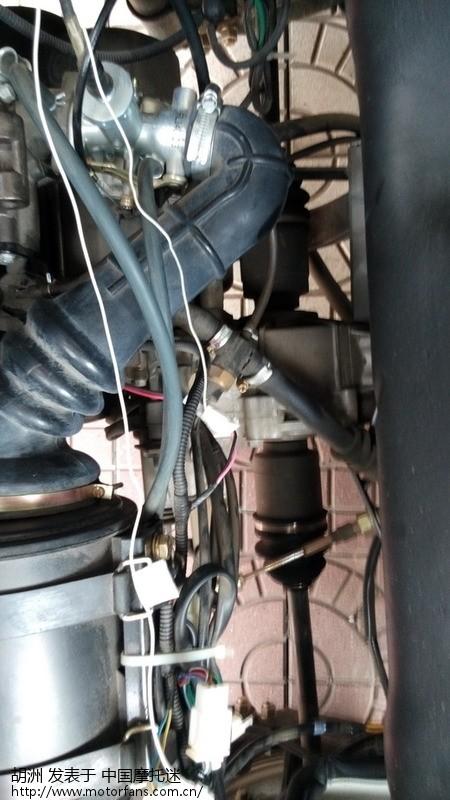 富路l17针对倒车负极控制,加装倒车影像方法