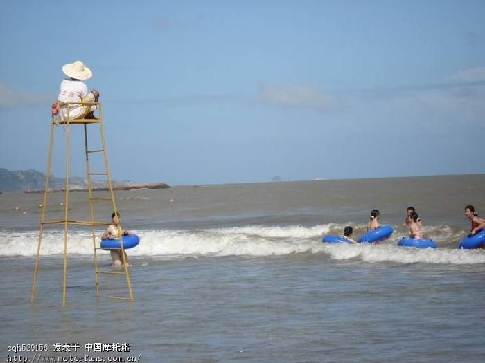 7月3日去海滩游泳拍照