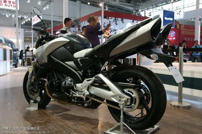 北京2008国际车展上的宝马和铃木摩托 北京摩友交流区 摩托车论坛 中高清图片