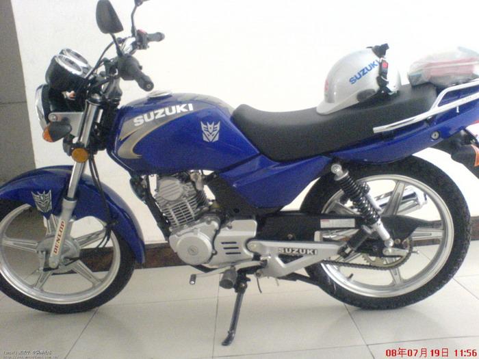济南铃木摩托车专区 今天新买的gt125 蓝色 金版