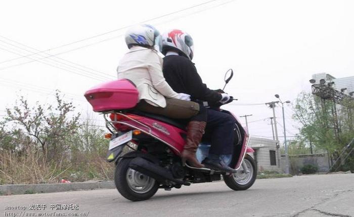 轻骑 欧版小踏板考拉qm48qt-d路试ing.