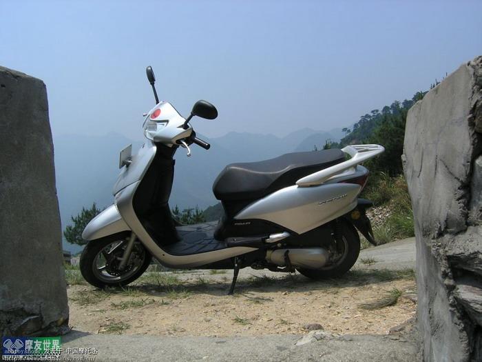 踏板摩托车综合讨论区 国内现在有没有水冷踏板车啊图片