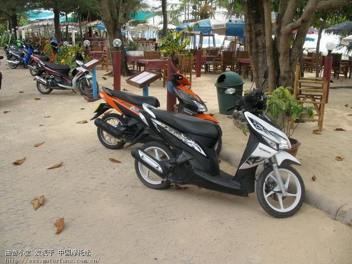 上2张去泰国普吉岛拍的摩托车