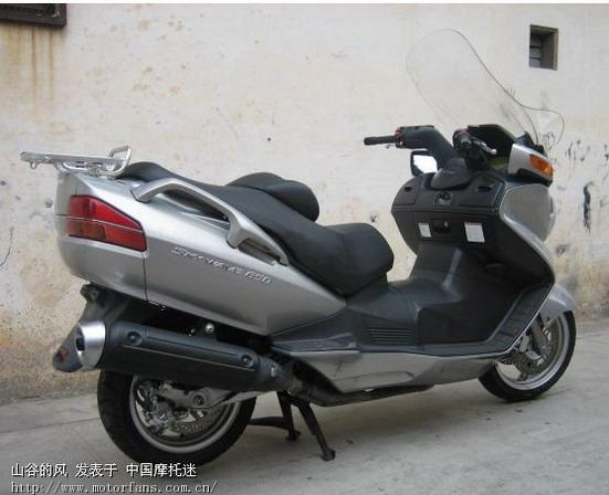 适合女生的可爱铃木踏板摩托车[转]