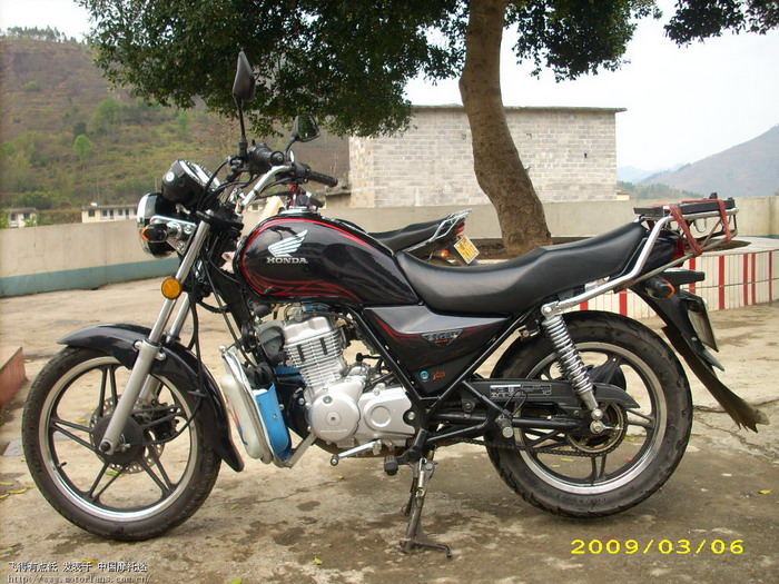 五羊本田摩托车125图片免费下载