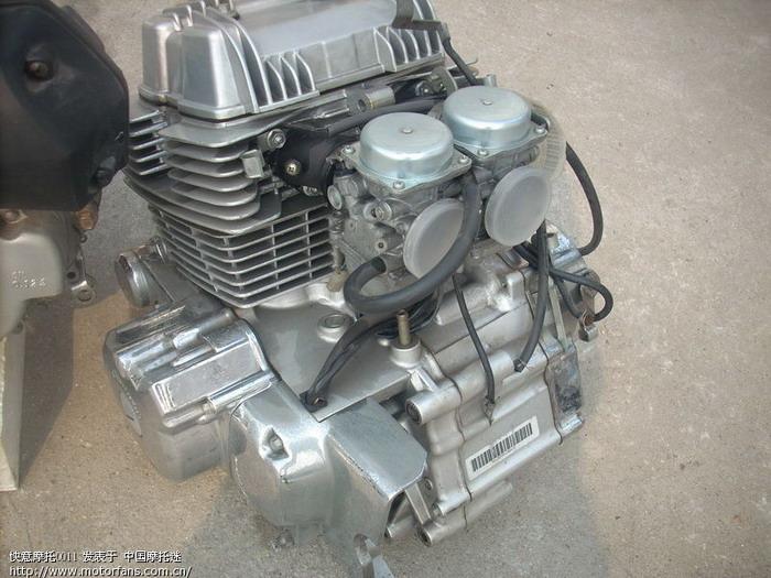新到一批春兰原厂全新发动机,四冲50,春兰125骑士和水冷踏板,电喷125