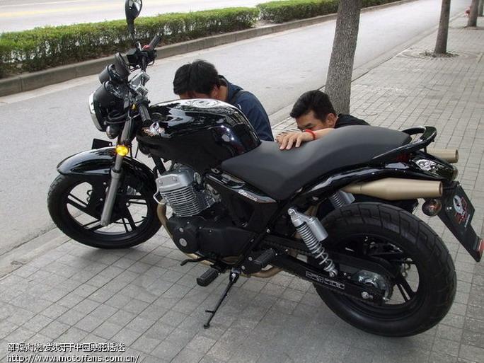 这辆大地鹰王250是什么型号的啊? - 上海摩友