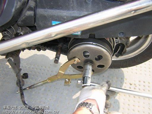 gy6发动机分解图; 发动机换皮带; gy6发动机图解