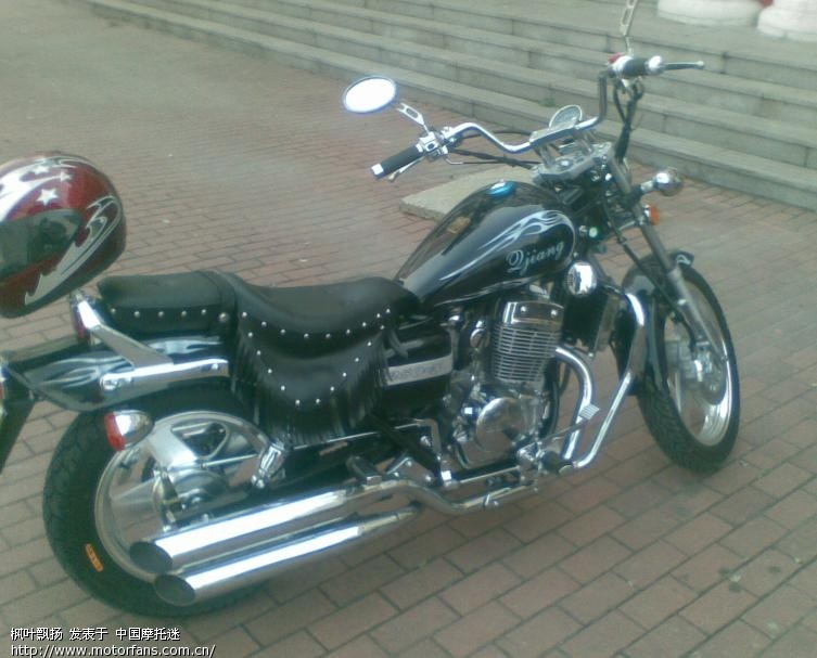我的钱江250-3双缸太子摩托车
