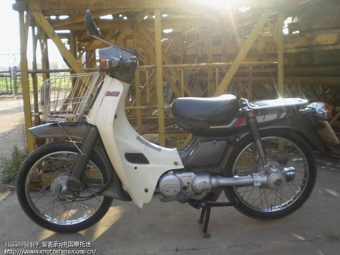 雅马哈摩托车有一款传动轴传动的,是老弯梁摩托车,谁知道性能参数