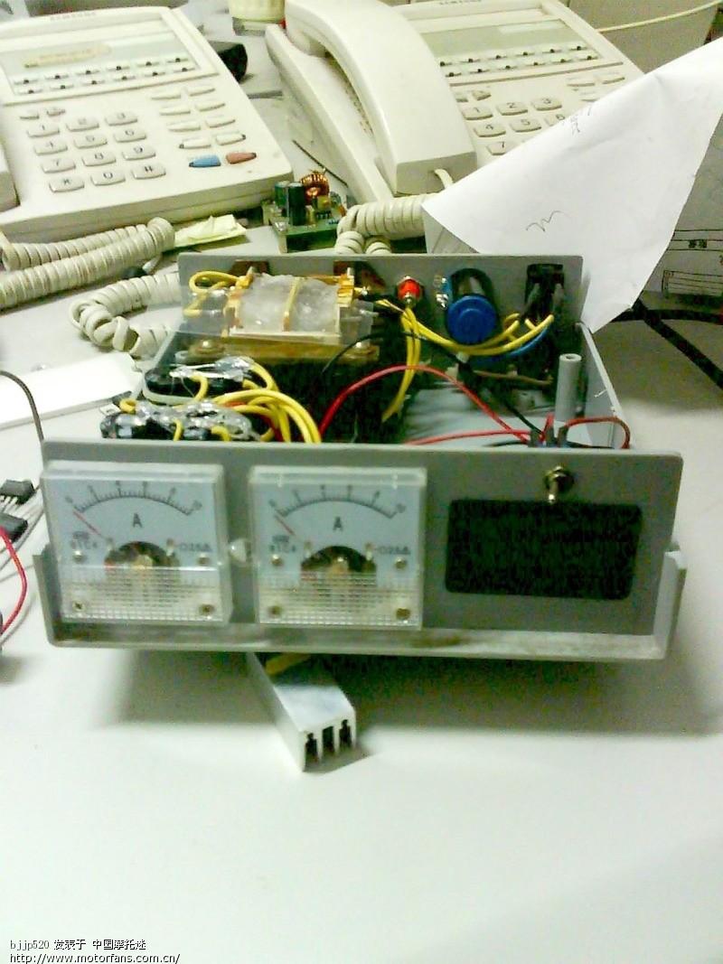 自制电瓶恒压充电器!