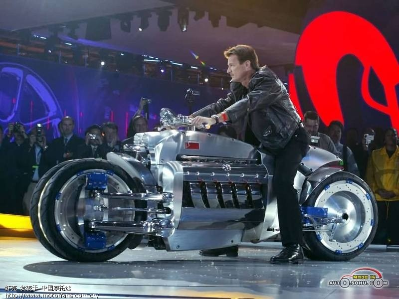 世界上速度最快的摩托车 道奇战斧高清图片